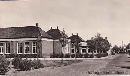 1955; Bovenwegschool, School A